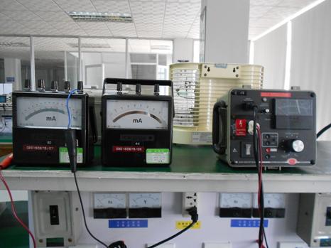 抗电强度和绝缘击穿测试