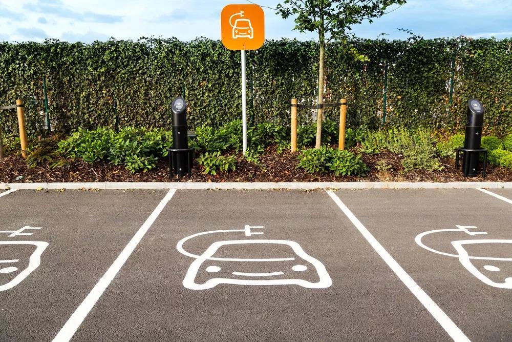 新能源汽车趋势及电路保护重要性